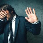 11 Motivi per cui le persone non vedono la realtà attuale